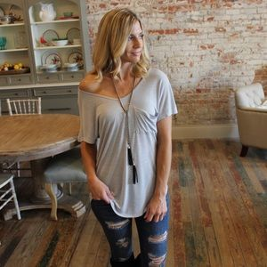 Loose fit slouch pocket tee
